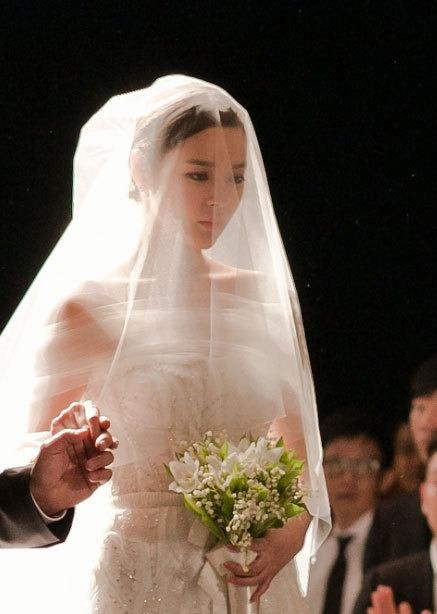 루돌프뿔 머리띠 쓴 박시연 결혼하고 더 귀여워 : 네모판