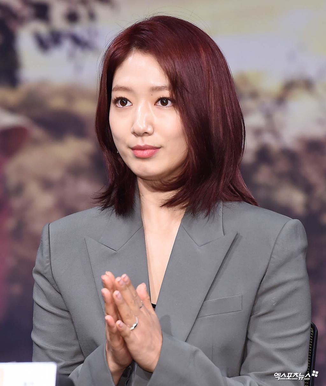 단발로 머리스타일 바꾼 오마이걸 아린 : 네모판